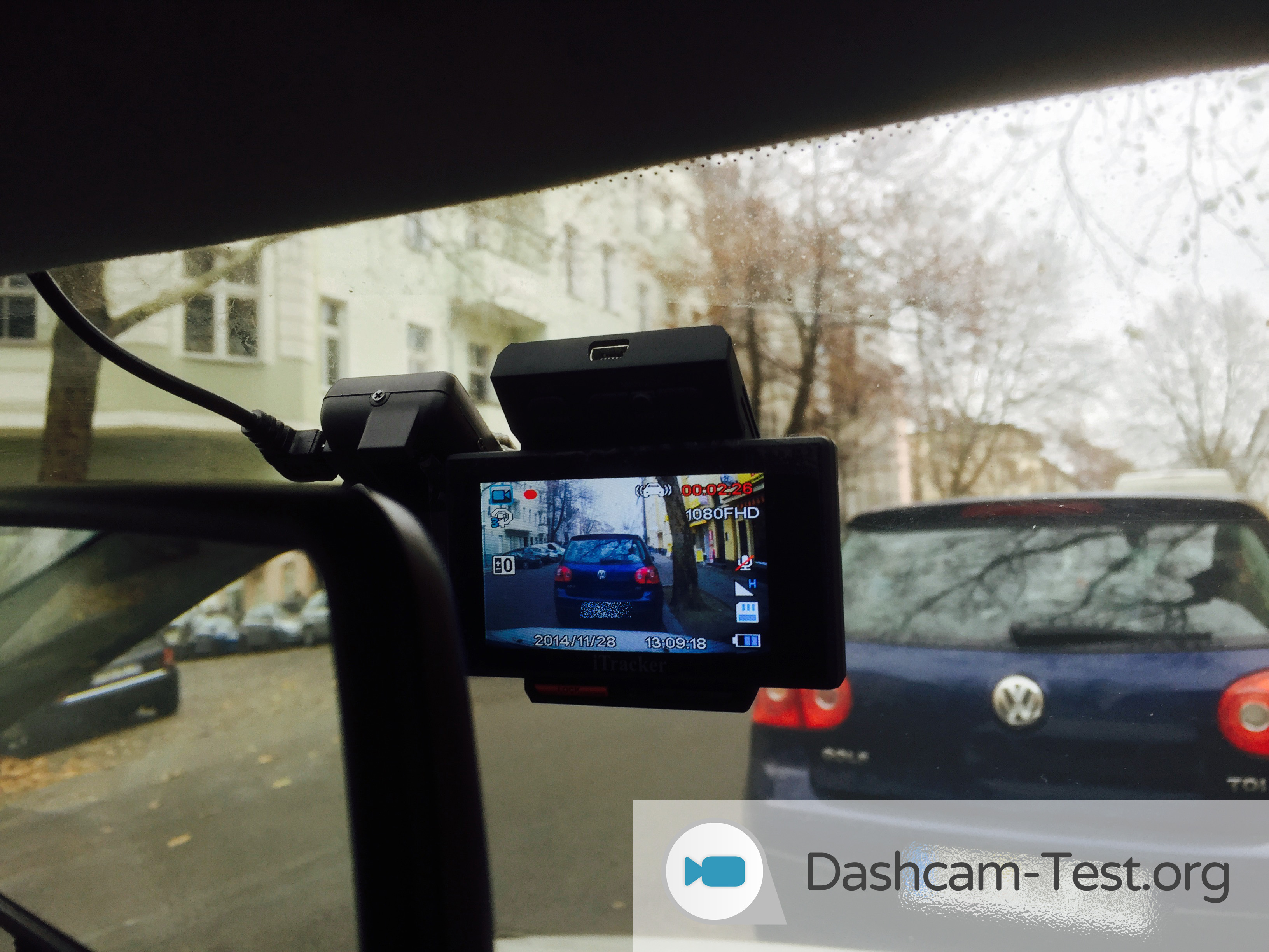 testbericht itracker stealthcam dashcam test 2018. Black Bedroom Furniture Sets. Home Design Ideas